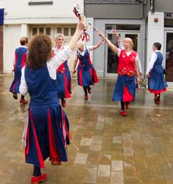 dancing in Bromsgrove High Street